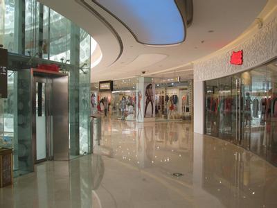 商业地产室内步行街平面设计